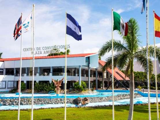 Centro de Convenciones Plaza América