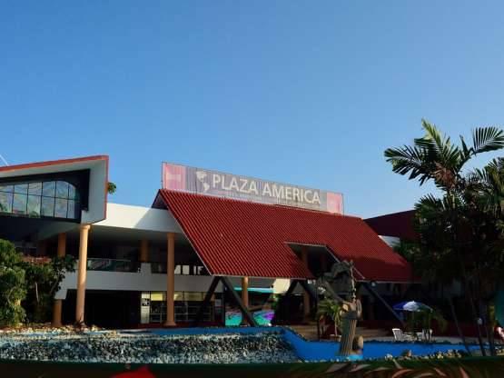 CENTRO DE CONVENCIONES Y COMERCIAL  PLAZA AMÉRICA